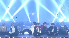 Watch BTS Stunning Performance at the Asia Artist Awards 2018