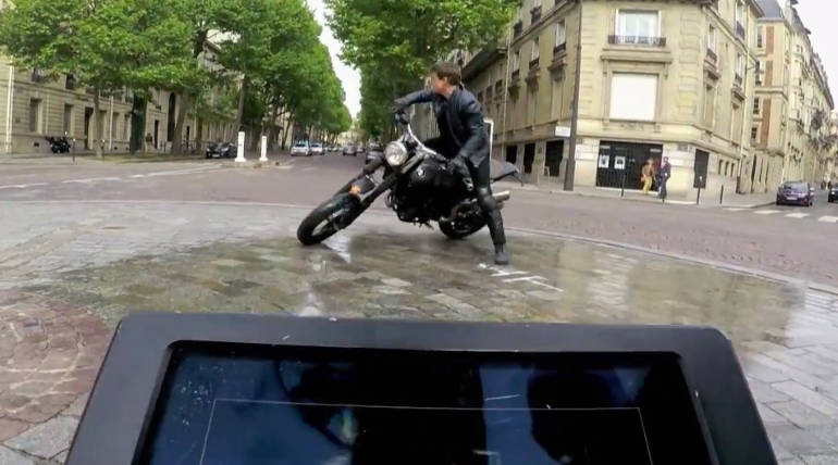 Watch behind the Scenes of Tom Cruise Performing Motorcycle Chase for MI Fallout