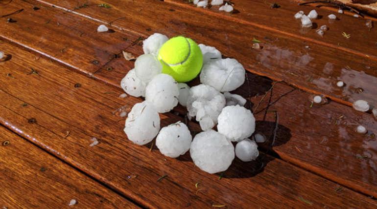 Sydney Hailstones. Images: @weatherzone