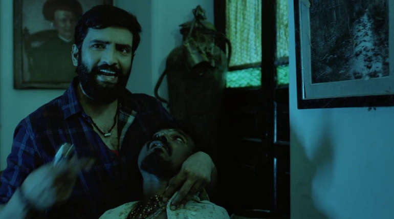Santhanam in Dhillukku Dhuddu2. Image Source: Youtube Teaser Screenshot