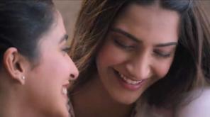 Scene from Ek Ladki Ko Dekha Toh Aisa Laga Movie