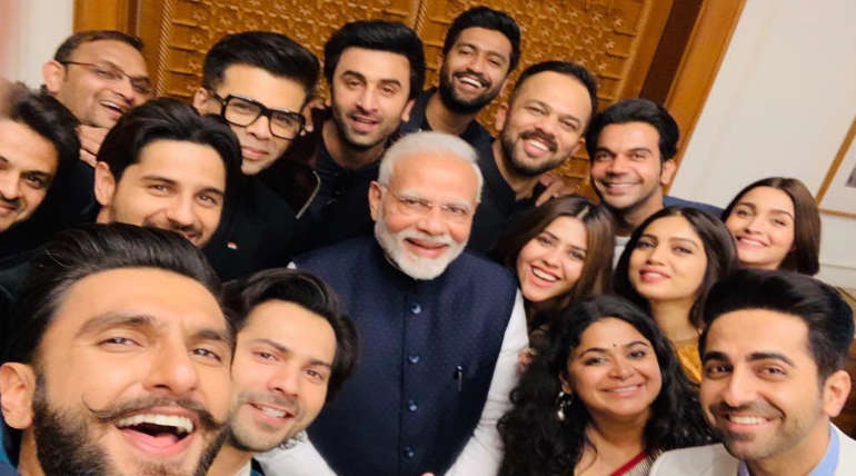 Narendra Modi with Bollywood Stars @vickykaushal09