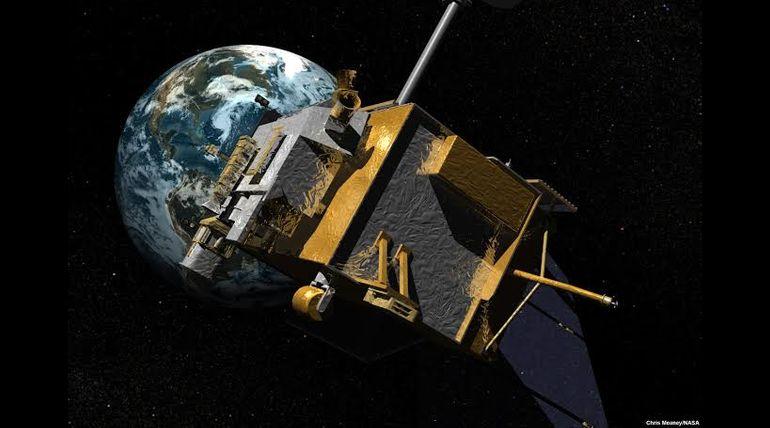 spacecraft in moon