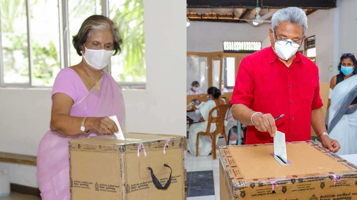 President and Former President casting their votes. Photo: Roel Raymond @kataclysmichaos